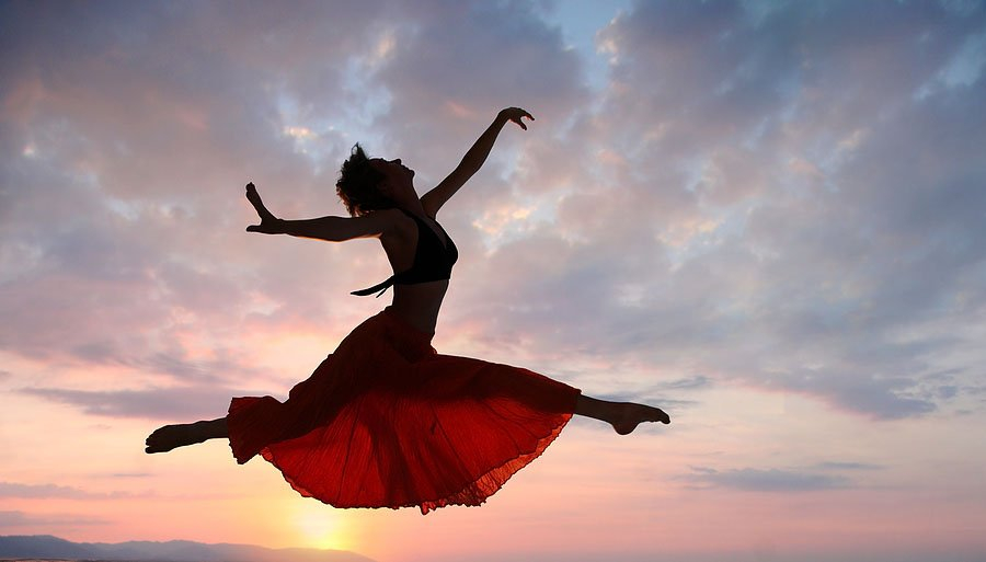 Jumping_Woman